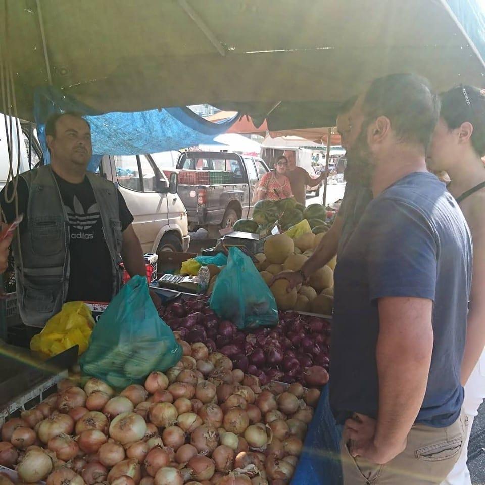 Επίσκεψη στην λαϊκή αγορά αμέσως μετά την εκλογή 66467442 2251076381594409 2773232250991411200 n