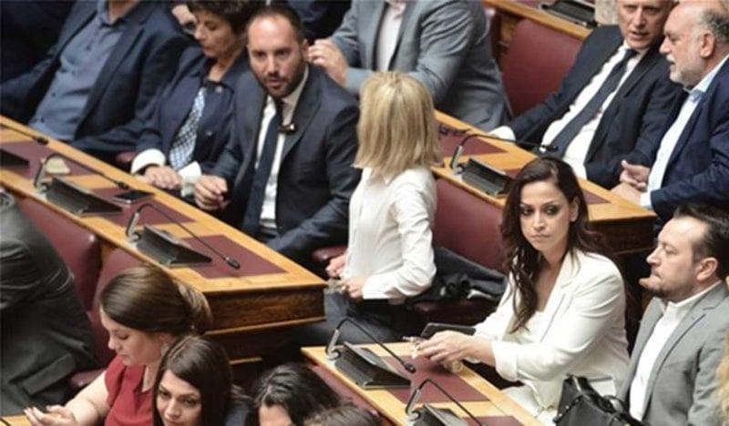 Ορκίστηκαν οι νέοι της Βουλής Μίλτος Χατζηγιαννάκης και Θανάσης Ζεμπίλης, Ορκίστηκαν οι νέοι της Βουλής Μίλτος Χατζηγιαννάκης και Θανάσης Ζεμπίλης, Eviathema.gr | ΕΥΒΟΙΑ ΝΕΑ - Νέα και ειδήσεις από όλη την Εύβοια