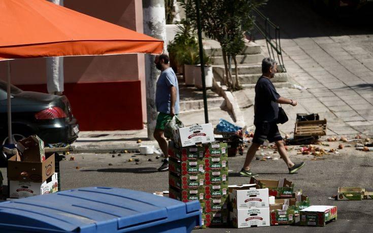 Εικόνες από τη λαϊκή αγορά στην Ηλιούπολη που έγινε το τροχαίο           2