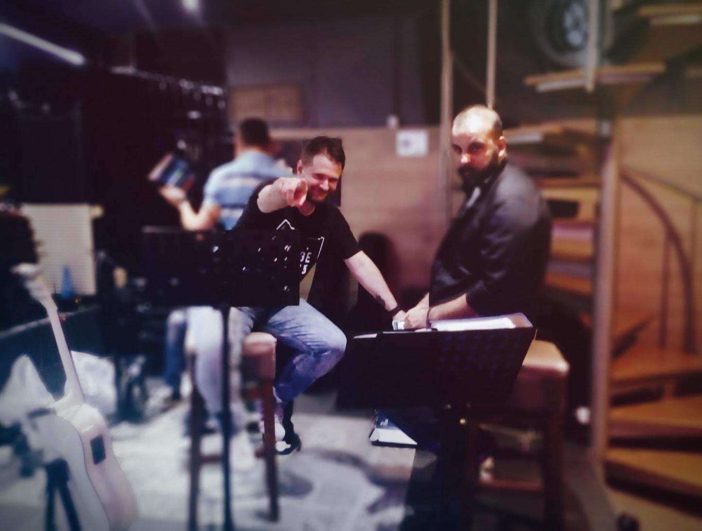 , Υπέροχο ταξίδι με τον Κώστα Αρμενόπουλο στο REXX HALL, Eviathema.gr | ΕΥΒΟΙΑ ΝΕΑ - Νέα και ειδήσεις από όλη την Εύβοια