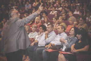Συγκλονιστικά τα όσα είπε ο Σούρας στην εκδήλωση των φροντιστηρίων Πουκαμισάς και των φροντιστηρίων ξένων γλωσσών Φλώρου. Φωτογραφικό υλικό DSC 0152 300x201