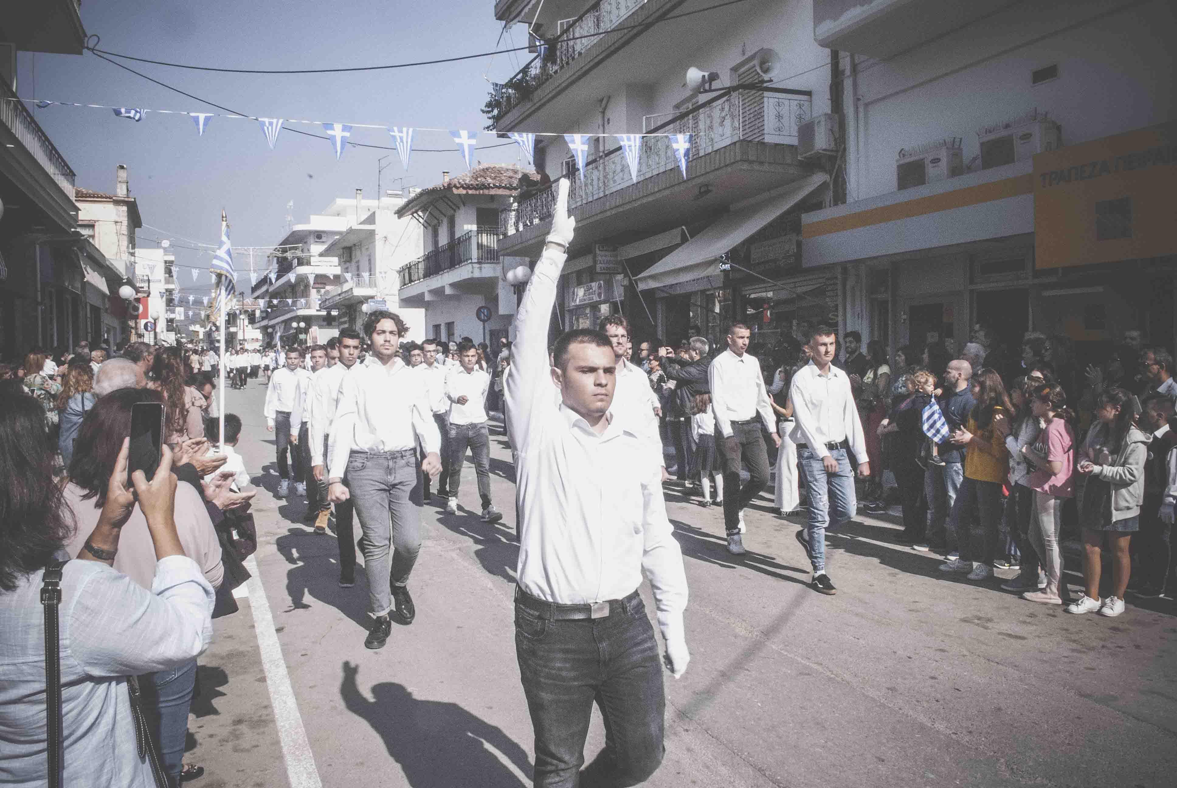 Φωτογραφικό υλικό από την παρέλαση στα Ψαχνά DSC 0434  Η παρέλαση της 28ης Οκτωβρίου σε Καστέλλα και Ψαχνά (φωτό) DSC 0434