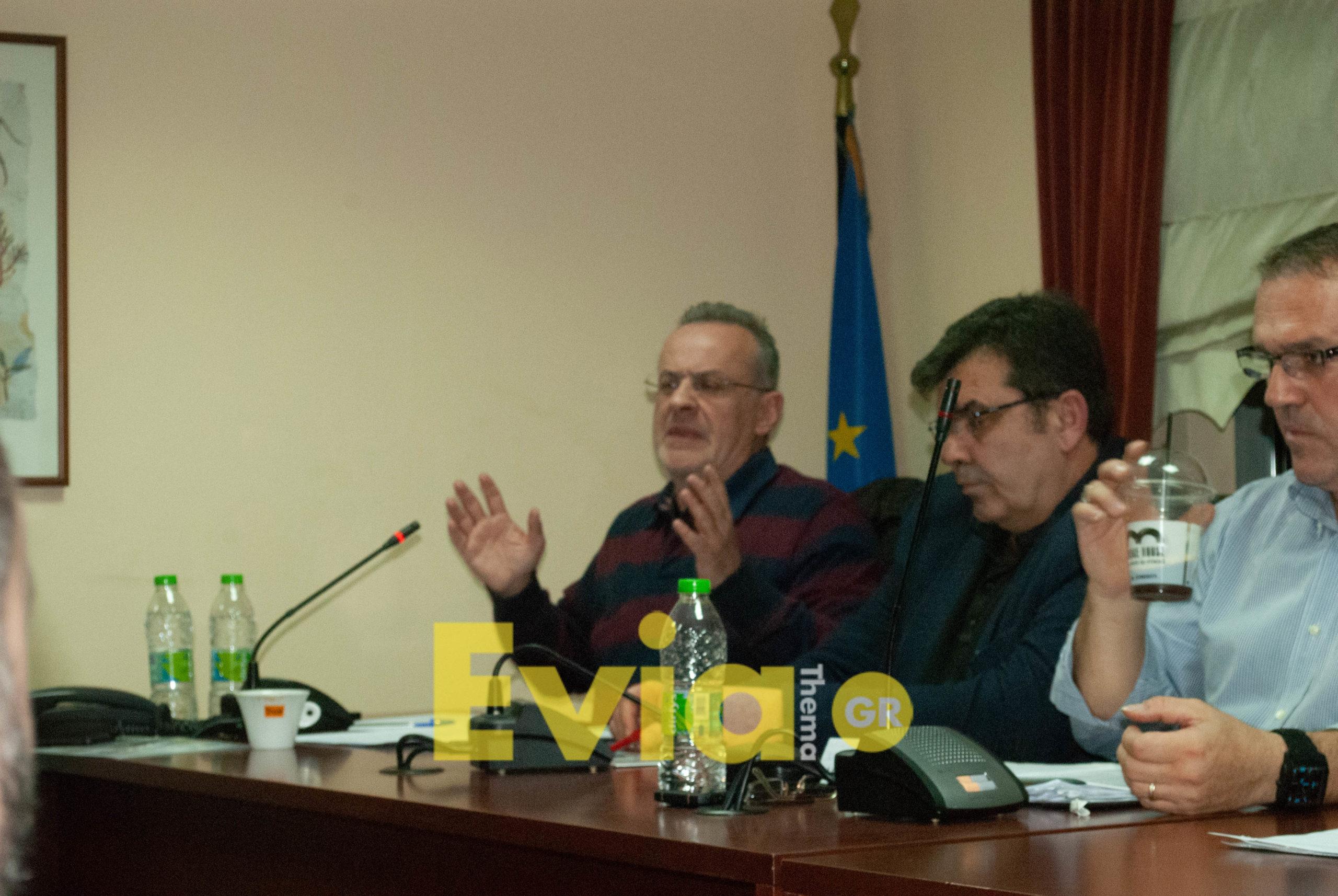 Ζεμπίλης, Χατζηγιαννάκης, Αποστόλου, Κελαϊδίτης στο Δημοτικό Συμβούλιο για το θέμα της Λάρκο Ζεμπίλης, Χατζηγιαννάκης, Αποστόλου, Κελαϊδίτης στο Δημοτικό Συμβούλιο για το θέμα της Λάρκο DSC 0303 scaled