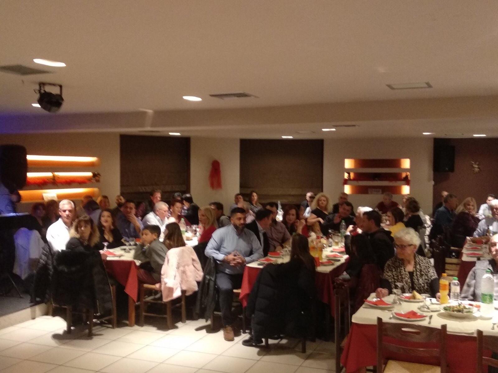 , Βασίλης Καθαροσπόρης: Η μεγάλη ομάδα του ΛΥΣΗ ΤΩΡΑ έκοψε την πρωτοχρονιάτικη πίτα της, Eviathema.gr | Εύβοια Τοπ Νέα Ειδήσεις