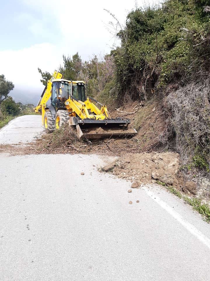 , Κοινότητα Πύργου: Συνεχίζονται οι εργασίες σε κεντρικούς και αγροτικούς δρόμους, Eviathema.gr | ΕΥΒΟΙΑ ΝΕΑ - Νέα και ειδήσεις από όλη την Εύβοια