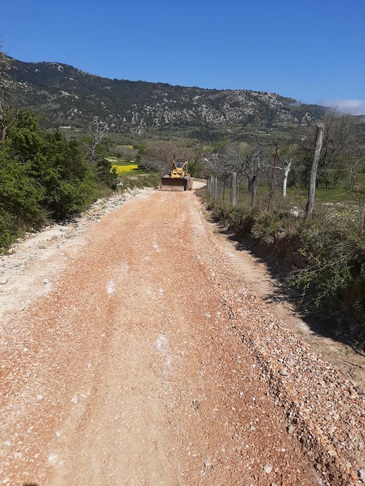 Κοινότητα Βιτάλων: Χαλικόστρωση αγροτικών δρόμων του κάμπου
