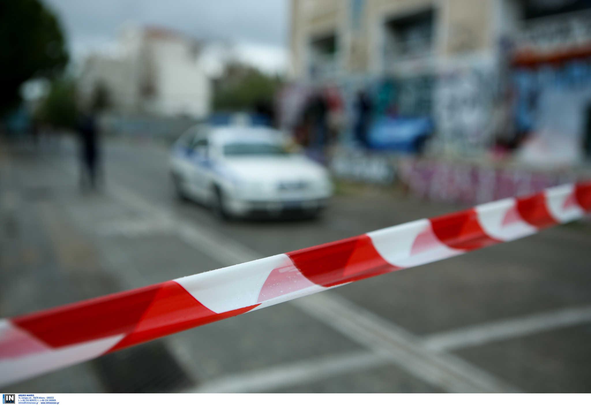 Τρίκαλα: Γιός πλάκωσε την μητέρα του στο ξύλο