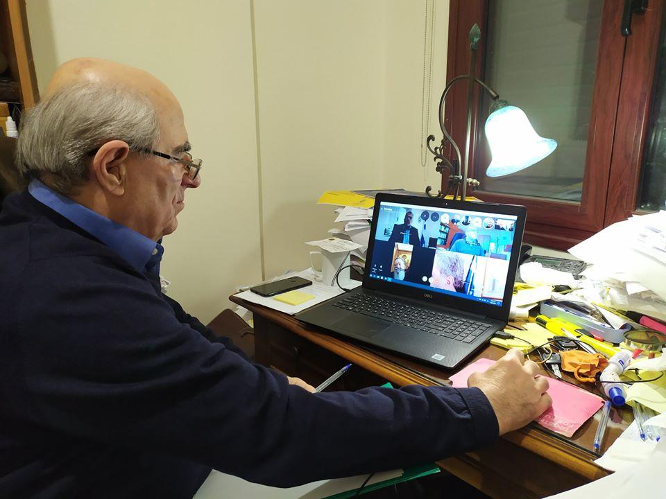 Νίκος Αγγελής για Θανάση Μπουραντά, Νίκος Αγγελής για Θανάση Μπουραντά: Κάποιοι έλεγαν ότι είναι μεγάλος σε ηλικία… Είδαμε πάντως και αυτούς που παριστάνουν τα πολιτικά τζόβενα και επαναλαμβάνουν ότι έχουν τεχνικές γνώσεις να μην λαμβάνουν μέρος ούτε σε μια τηλεδιάσκεψη, Eviathema.gr | ΕΥΒΟΙΑ ΝΕΑ - Νέα και ειδήσεις από όλη την Εύβοια