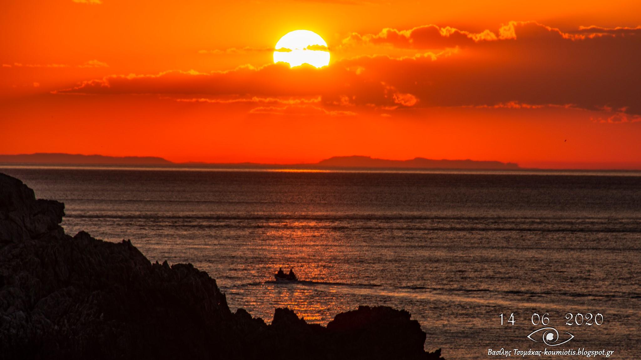 Κύμη Ευβοίας: Το θέαμα του ηλιοβασιλέματος που θα σας αφήσει άφωνους, Κύμη Ευβοίας: Το θέαμα του ηλιοβασιλέματος που θα σας αφήσει άφωνους, Eviathema.gr | ΕΥΒΟΙΑ ΝΕΑ - Νέα και ειδήσεις από όλη την Εύβοια