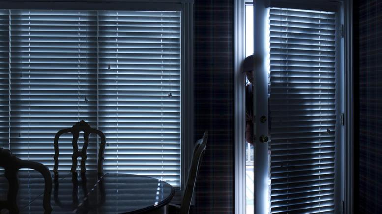 Κάραβος Αλιβερίου Εύβοια: Θρασύτατη ληστεία, Κάραβος Αλιβερίου Εύβοια: Θρασύτατη ληστεία σε σπίτι το απόγευμα της Πέμπτης, Eviathema.gr | Εύβοια Τοπ Νέα Ειδήσεις