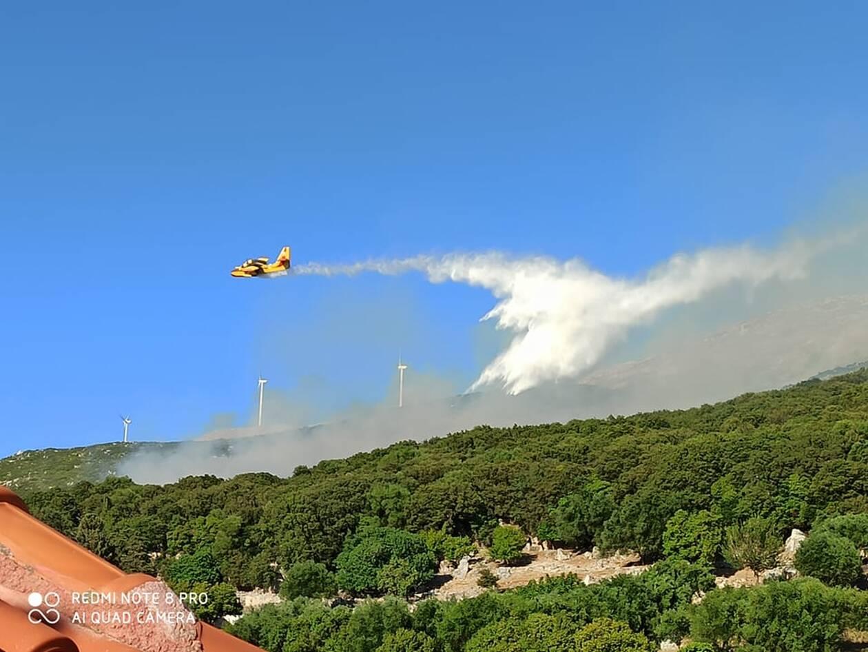 Φωτιά στην Κεφαλονιά το απόγευμα, Φωτιά στην Κεφαλονιά το απόγευμα του Σαββάτου [ΦΩΤΟ – ΒΙΝΤΕΟ], Eviathema.gr | ΕΥΒΟΙΑ ΝΕΑ - Νέα και ειδήσεις από όλη την Εύβοια