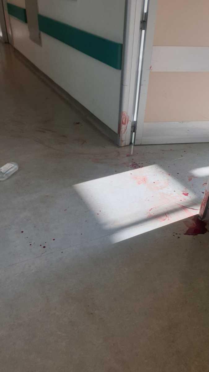 μαχαίρωσε νοσηλεύτρια πριν αυτοκτονήσει, Εικόνες φρίκης μέσα από το Αττικόν – Καρέ καρέ πως 59χρονος μαχαίρωσε νοσηλεύτρια πριν αυτοκτονήσει, Eviathema.gr   Εύβοια Τοπ Νέα Ειδήσεις