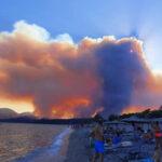, Ανεξέλεγκτη η φωτιά στη Μάνη: Ορατά από το διάστημα τα πύρινα μέτωπα -Προμηνύεται δύσκολη νύχτα [εικόνες & βίντεο], Eviathema.gr | Εύβοια Τοπ Νέα Ειδήσεις