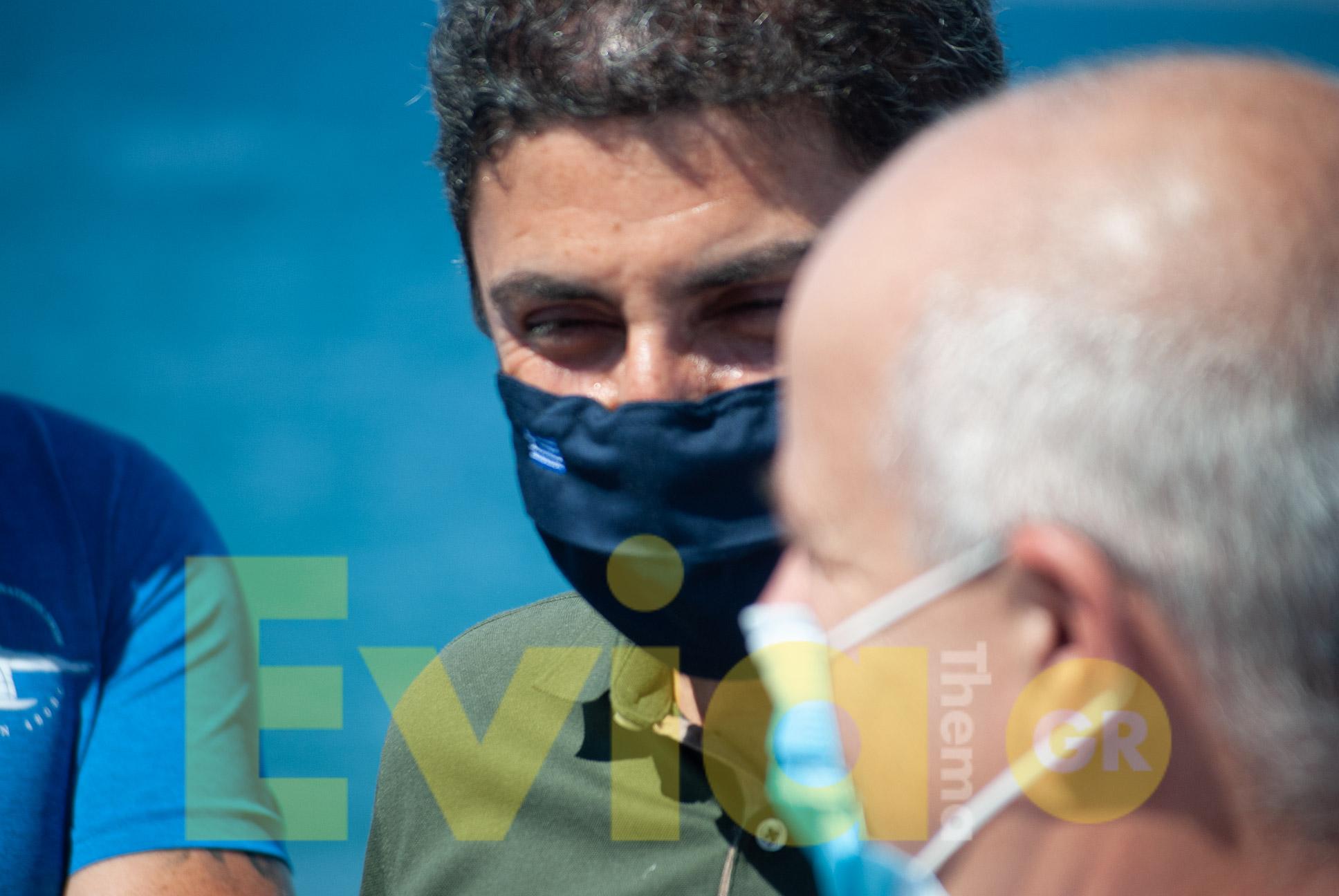 Ο Λευτέρης Αυγενάκης και η Άντελα Γκερέκου στο Πευκί, Ο Λευτέρης Αυγενάκης και η Άντζελα Γκερέκου στο Πευκί για τον Αυθεντικό Μαραθώνιο Κολύμβησης [ΦΩΤΟΓΡΑΦΙΕΣ – ΒΙΝΤΕΟ], Eviathema.gr | ΕΥΒΟΙΑ ΝΕΑ - Νέα και ειδήσεις από όλη την Εύβοια