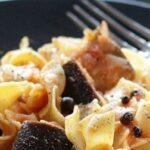 , Μοναστηριακή συνταγή: Χυλοπίτες με σάλτσα μελιτζάνας!, Eviathema.gr   Εύβοια Τοπ Νέα Ειδήσεις