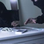, Χαλκίδα Ευβοίας: Μπήκαν σε σπίτι και πήραν πάνω από 5.000 ευρώ – Η αστυνομία όμως δεν άργησε να τους βρεί, Eviathema.gr | Εύβοια Τοπ Νέα Ειδήσεις