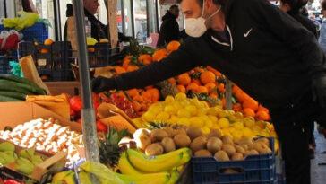 Λαική αγορά Αλιβερίου