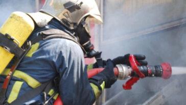 Ξέσπασε φωτιά σε σπίτι στις Χλόες Ευβοίας, EKTAKTO: Ξέσπασε φωτιά σε σπίτι στις Χλόες Ευβοίας, Eviathema.gr | ΕΥΒΟΙΑ ΝΕΑ - Νέα και ειδήσεις από όλη την Εύβοια