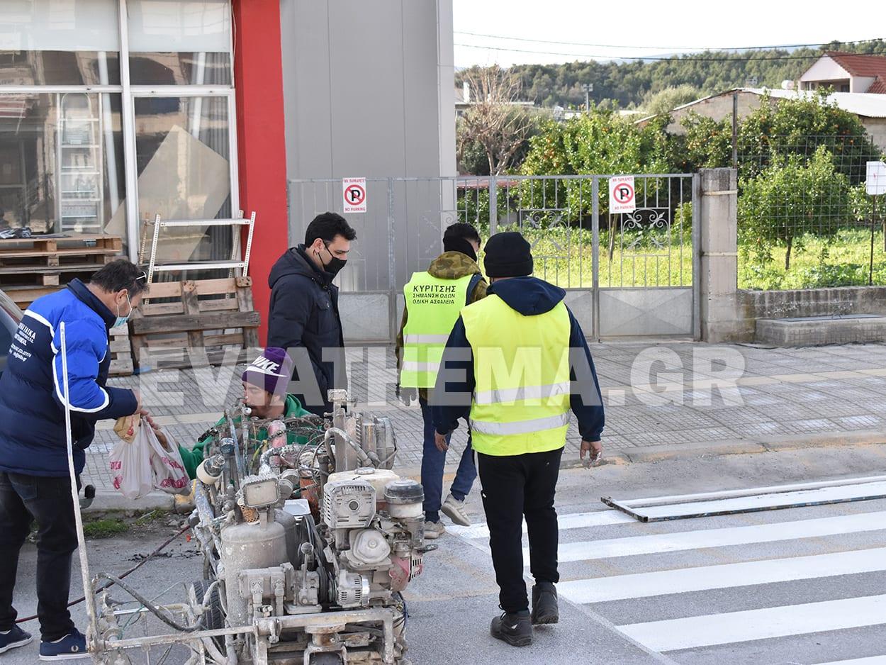 Αλιβέρι διαγράμμιση διαβάσεων πεζών, Αλιβέρι Ευβοίας: Έργα διαγράμμισης διάβασης πεζών στην είσοδο της πόλης [ΦΩΤΟΓΡΑΦΙΕΣ], Eviathema.gr | ΕΥΒΟΙΑ ΝΕΑ - Νέα και ειδήσεις από όλη την Εύβοια