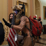 , ΗΠΑ: Οπαδοί του Τραμπ εισέβαλαν στο Καπιτώλιο – Δείτε βίντεο, Eviathema.gr   Εύβοια Τοπ Νέα Ειδήσεις