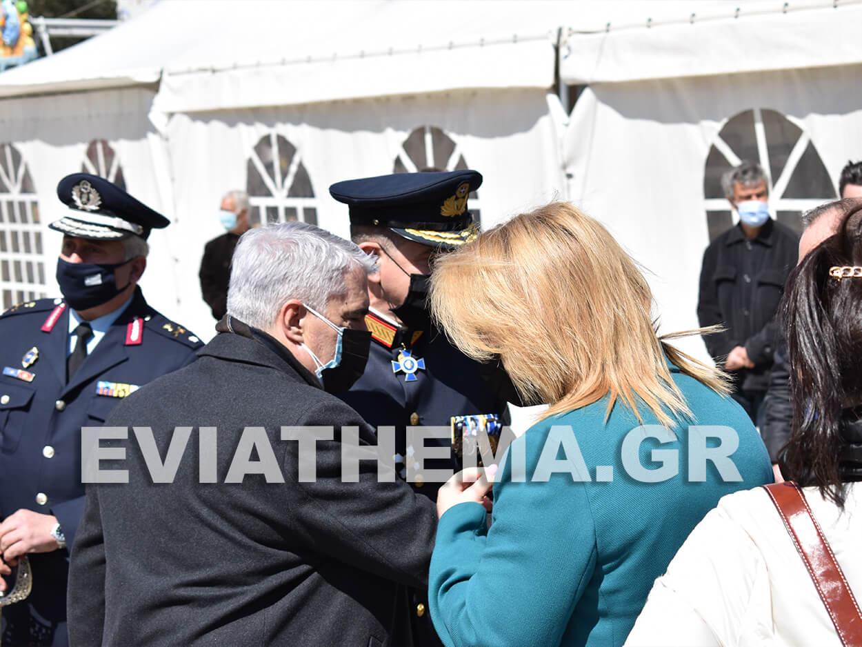 Στην Χαλκίδα το πρωί της Πέμπτης εκλεγμένοι και εκπρόσωποι φορέων τίμησαν την Εθνική Επέτειο, 25η Μαρτίου – Χαλκίδα: Η δοξολογία στον Ιερό Ναό Αγίου Νικολάου και η κατάθεση στεφάνων [ΦΩΤΟΓΡΑΦΙΕΣ – ΒΙΝΤΕΟ], Eviathema.gr | ΕΥΒΟΙΑ ΝΕΑ - Νέα και ειδήσεις από όλη την Εύβοια