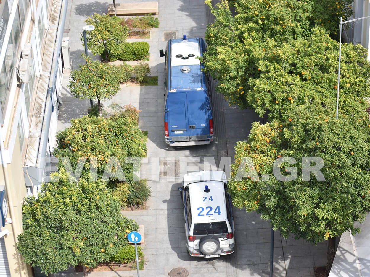ΑΠΟΚΛΕΙΣΤΙΚΟ - Χαλκίδα: Στον ανακριτή τα 19 από τα 25 μέλη εγκληματικών ομάδα που συνέλαβε το Τμήμα Ασφάλειας Χαλκίδας, ΑΠΟΚΛΕΙΣΤΙΚΟ – Χαλκίδα: Στον ανακριτή σήμερα Σάββατο τα 9 από τα 25 μέλη εγκληματικών ομάδα που συνέλαβε το Τμήμα Ασφάλειας Χαλκίδας [ΦΩΤΟΓΡΑΦΙΕΣ – ΒΙΝΤΕΟ], Eviathema.gr | Εύβοια Τοπ Νέα Ειδήσεις