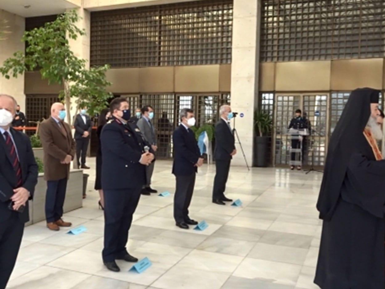 Με μια λιτή τελετή η Ομοσπονδία μας τίμησε και φέτος τη μνήμη των ηρωικά πεσόντων στο καθήκον συναδέλφων μας, ΠΟΑΣΥ: Απότιση φόρου τιμής στους πεσόντες στο καθήκον Αστυνομικούς, Eviathema.gr | Εύβοια Τοπ Νέα Ειδήσεις