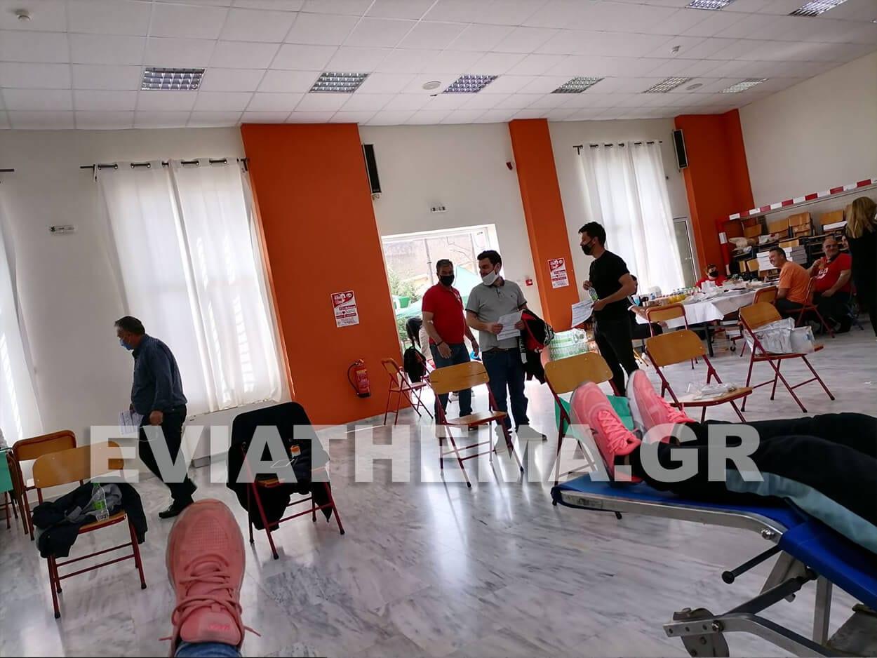 Μεγάλη είναι η προσέλευση των πολιτών στην 11η εθελοντική αιμοδοσία του Δήμου Διρφύων Μεσσαπίων, Ψαχνά Ευβοίας: Μεγάλη η προσέλευση στην αιμοδοσία στο χώρο του Γυμνασίου [ΦΩΤΟΓΡΑΦΙΕΣ], Eviathema.gr | ΕΥΒΟΙΑ ΝΕΑ - Νέα και ειδήσεις από όλη την Εύβοια