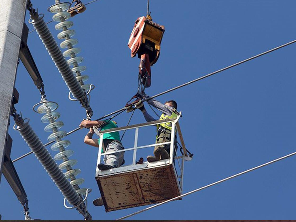 εργαζόμενοι της ΔΕΗ βρήκαν ακαριαίο θάνατο από ηλεκτροπληξία, ΕΚΤΑΚΤΟ – Σοκαριστικό Ατύχημα στην Γυμνού Ευβοίας: Υπάλληλοι της ΔΕΗ Βρήκαν ακαριαίο θάνατο από ηλεκτροπληξία, Eviathema.gr | ΕΥΒΟΙΑ ΝΕΑ - Νέα και ειδήσεις από όλη την Εύβοια
