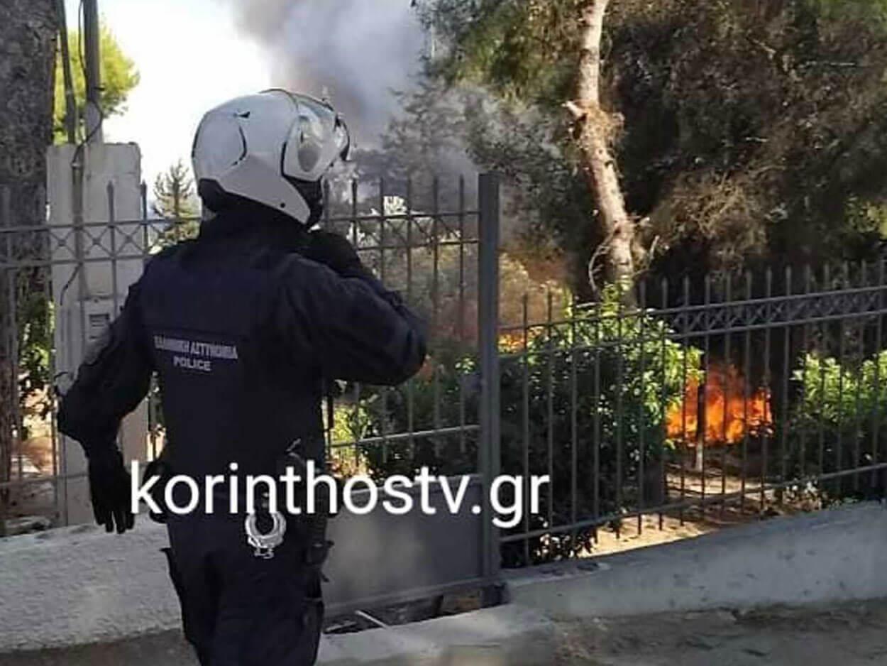 Φωτιά στα Ίσθμια: Μια ανάσα από τα σπίτια οι φλόγες, Φωτιά στα Ίσθμια: Μια ανάσα από τα σπίτια οι φλόγες, παραμένει κλειστή η Π.Ε.Ο Ισθμού – Επιδαύρου (pics, video), Eviathema.gr | Εύβοια Τοπ Νέα Ειδήσεις