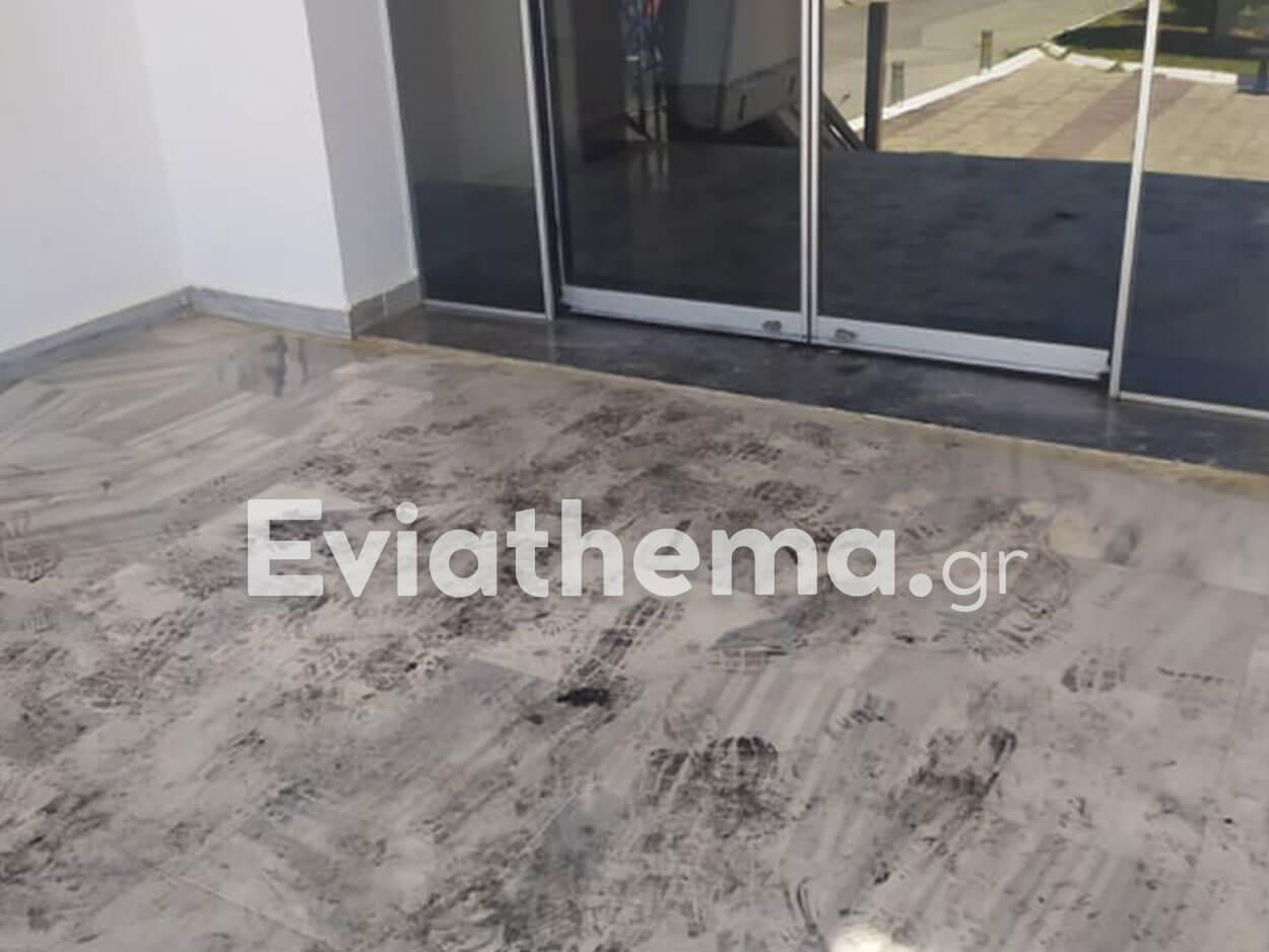 Βασιλικό: Μεγάλη πυρκαγιά στο κτήριο του Δημαρχείου, Βασιλικό: Μεγάλη πυρκαγιά στο κτήριο του Δημαρχείου μετά από βραχυκύκλωμα τα ξημερώματα [ΦΩΤΟ], Eviathema.gr | Εύβοια Τοπ Νέα Ειδήσεις