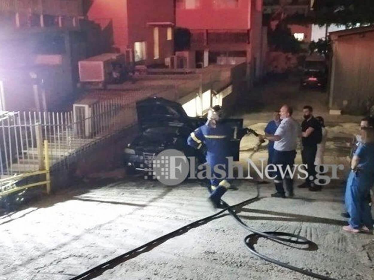 Χανιά: Πυρκαγιά σε αυτοκίνητο, Χανιά: Πυρκαγιά σε αυτοκίνητο στο κέντρο της πόλης (φωτο), Eviathema.gr | Εύβοια Τοπ Νέα Ειδήσεις