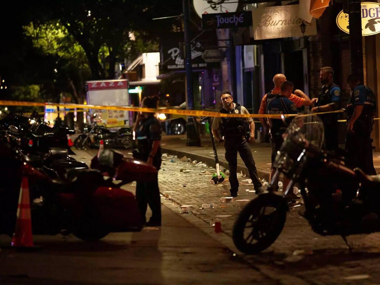 ΗΠΑ: 14 τραυματίες από την ανταλλαγή πυρών στο Όστιν, ΗΠΑ: 14 τραυματίες από την ανταλλαγή πυρών στο Όστιν, Eviathema.gr | Εύβοια Τοπ Νέα Ειδήσεις