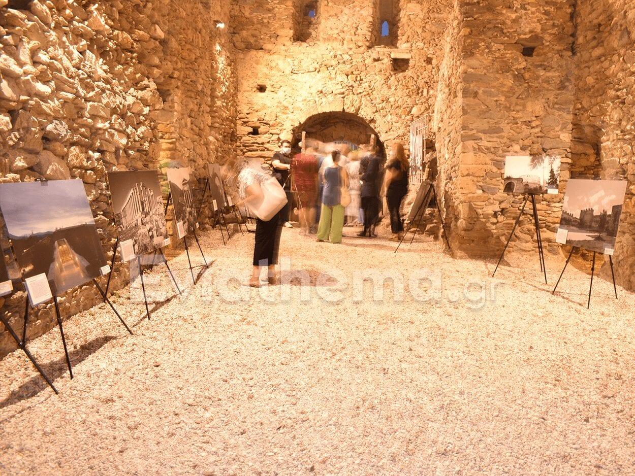 Κάρυστος φωτογραφική έκθεση μνημείων της Unesco στο Μπούρτζι