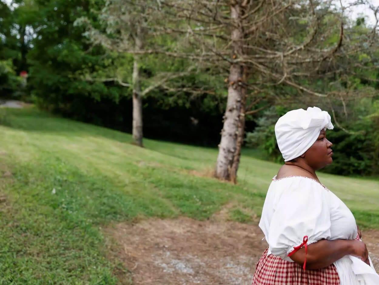 να ζητήσει συγγνώμη για τη δουλεία