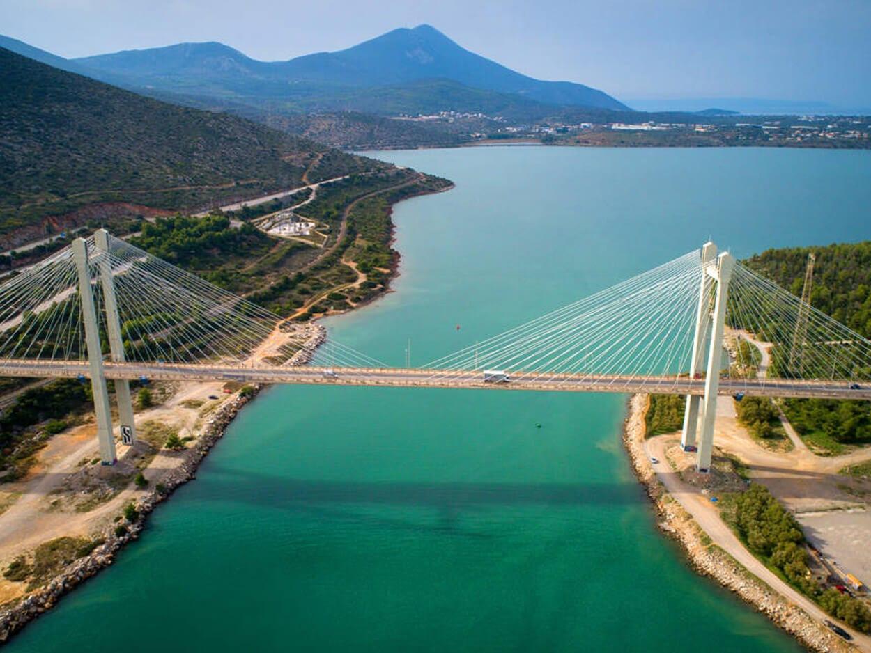Χαλκίδα: Φωτιά στην υψηλή γέφυρα