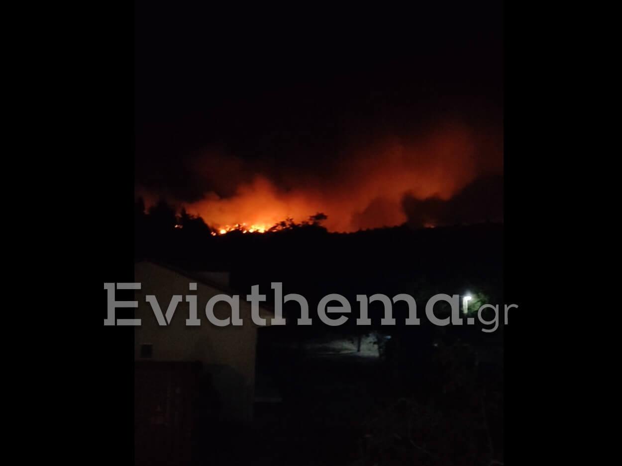 Φωτιά στην Εύβοια: Εγκλωβισμένα 3 πυροσβεστικά